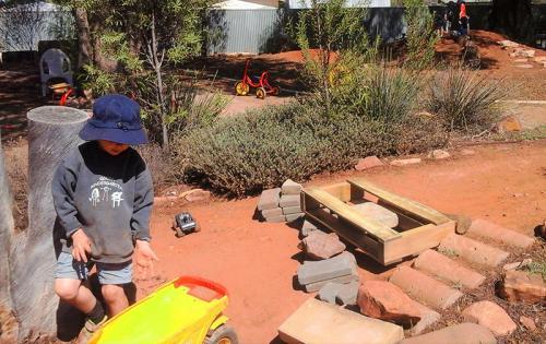 Quorn-Kindergarten-Outdoor-Play-Natural-Resources-Preschool-Programs